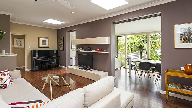A freestanding house at 9 Richmond Ave, Cremorne sold for $1.86 million.
