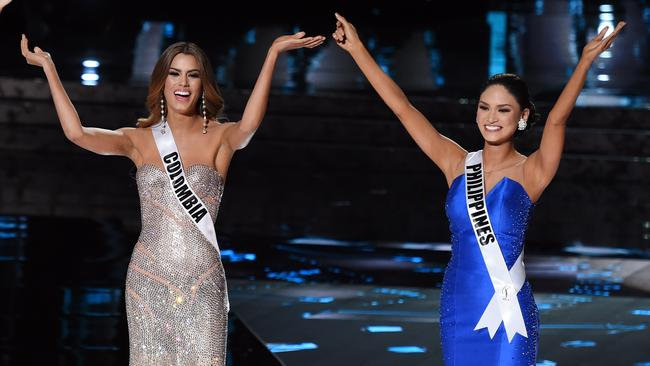 Miss Colombia, Ariadna Gutierrez Arevalo, and Miss Philippines, Pia Alonzo Wurtzbach, before things turned pear-shaped at the 2015 Miss Universe pageant. Picture: Ethan Miller/Getty Images.