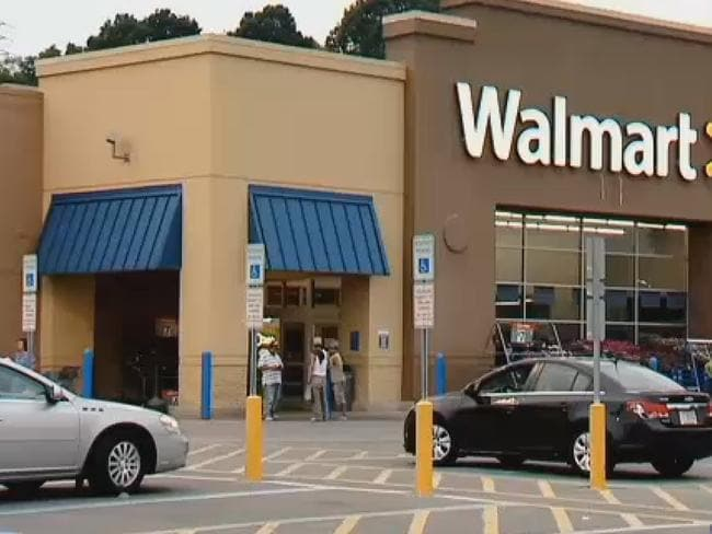 Shock ... The Wal-Mart store where a man was bit by a scorpion hiding in a box of bananas.