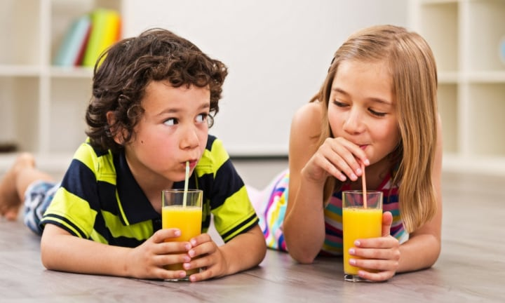 We asked five experts if our kids should drink juice