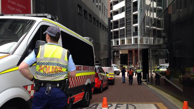 Three workers hurt in NSW crane collapse