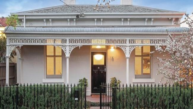 CUTE cottage at 16 Dundas Place, Albert Park found a buyer at $2,172,500 Picture: realestate.com.au