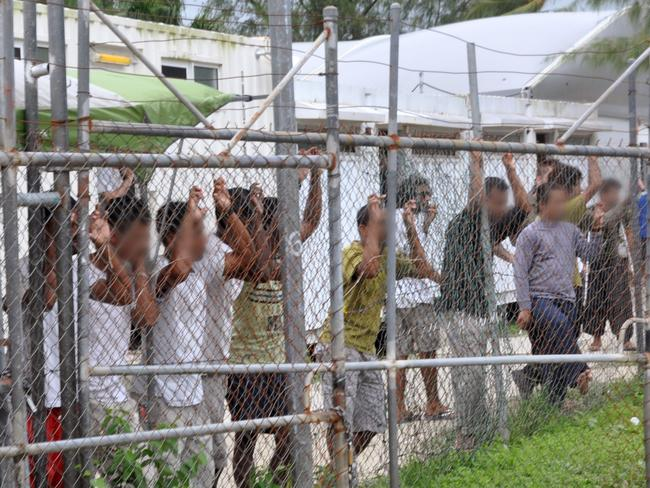 Lawyers have settled a landmark class action lawsuit against the government, filed by more than 1900 asylum seekers. Picture: AAP