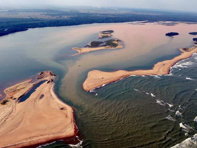 Handout picture released on November 23, 2015 by Espirito Santo State Press Office showing an aerial view of the Rio Doce. Picture: Fred Loureiro/Espirito Santo State Press Office/AFP