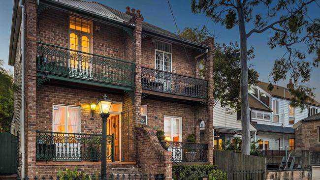 The final bid on 3 Weston Street, Balmain East went $250,000 over the reserve price.