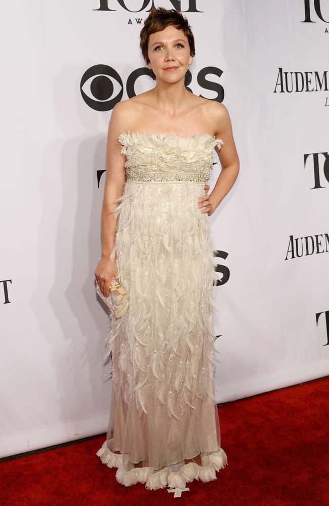 Maggie Gyllenhaal wore this feathery Dolce&Gabbana gown on the red carpet.