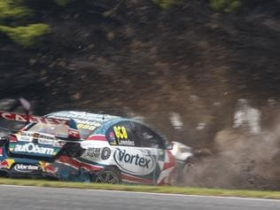 Craig Lowndes crashes at Phillip Island