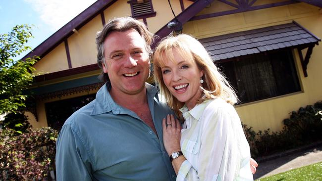 Actors Erik Thomson and Rebecca Gibney starred in 'Packed To The Rafters'.