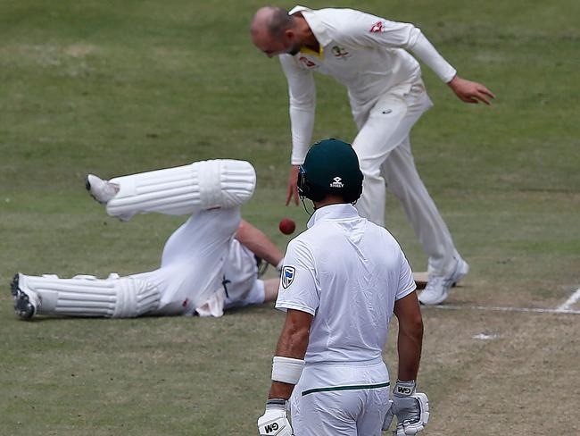 Nathan Lyon was fined for this ball drop.