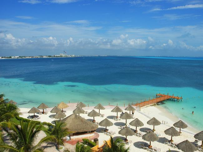 Cancun Beach looks like paradise.