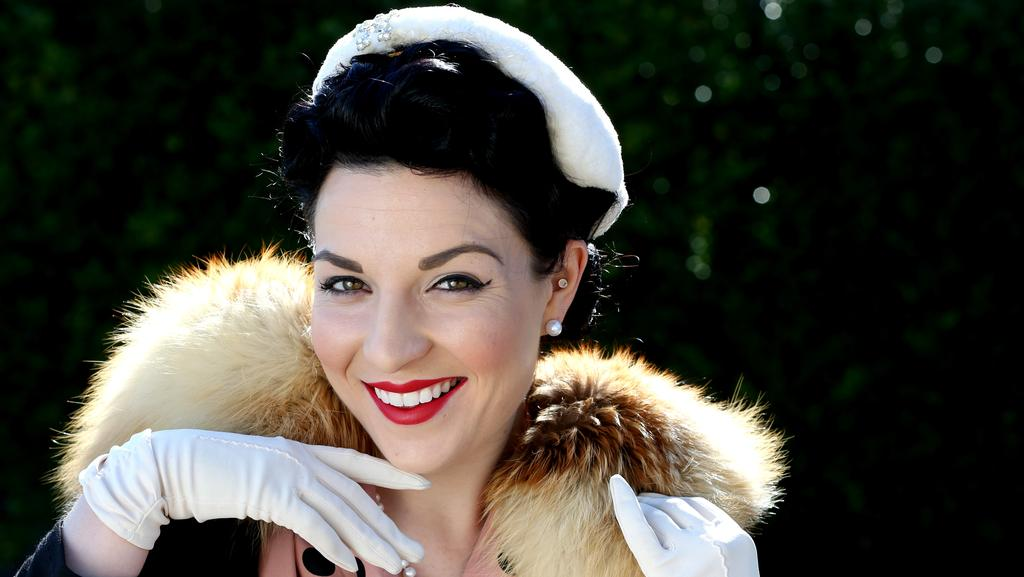 Mp3 Download Another Day Lux: Glamour Girl Lucy Luxe Hopes For Another Run At Miss Viva