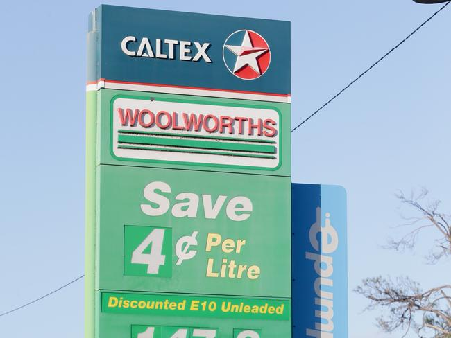 Woolies and Coles are no longer allowed to offer you any more than 4 cents a litre off petrol if it's linked to a grocery buy.