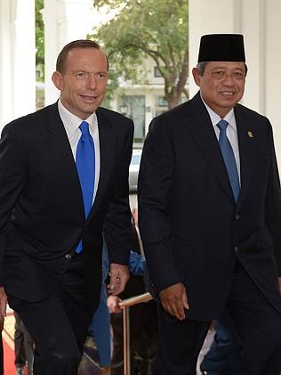 This picture taken in Jakarta on September 30 shows Indonesia's President Susilo Bambang Yudhoyono (R) walking next to Australia's Prime Minister Tony Abbott during his visit in Jakarta. Picture: AFP Photo / Adek Berry
