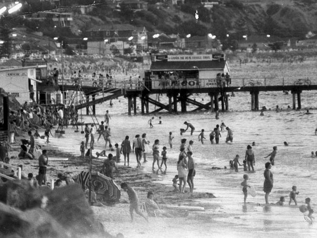 A very busy Brighton beach — with the kiosk on the jetty in February, 1971.