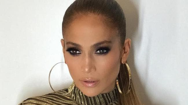 "Jennifer Lopez ahead of the Robin Hood Foundation ... ""Giving EXPENSIVE"" Picture: @chrisappleton1/Instagram"