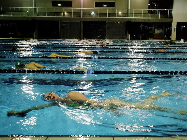 strict training of a swimmer Workout plans for us olympic swimmers  olympic swimmers have strict workouts to perform their best  but the training differs between sprinters and distance.