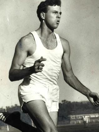 Bill howard recalls the 1966 stawell gift bill howard during his heyday picture bob buchanan negle Image collections