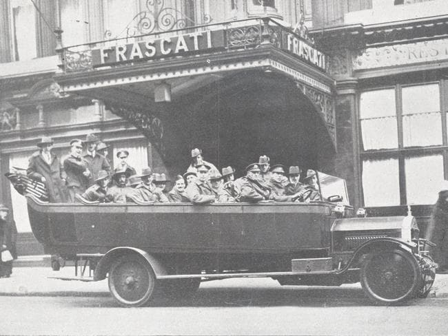 Australian soldiers enjoy a Red Cross outing in London. Picture: Australian Red Cross archives