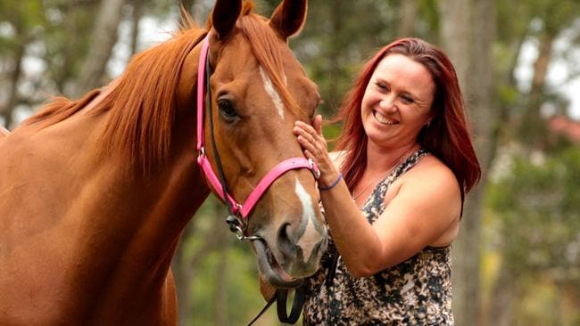 Melissa Harrison won't let a broken leg stop her from heading to Hawkesbury on Wednesday. Picture: Nathan Edwards