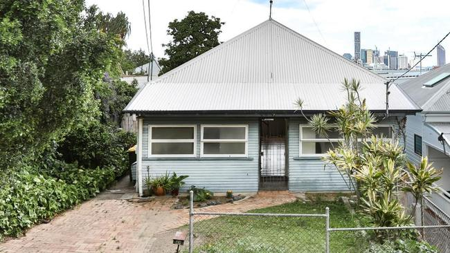 One buyer was not willing to risk 47 Wilden St going under the hammer.