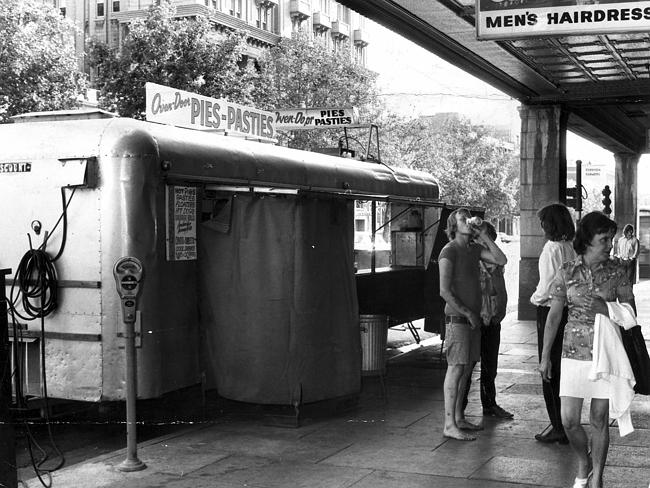 The Balfours pie cart outside Adelaide Railway Station on North Terrace. Exact year unknown. Probability of pies sold: high.