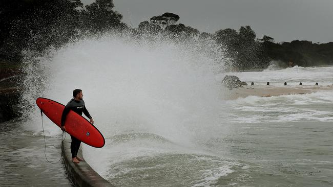 Rough conditions at Point Lonsdale. Picture: Colleen Petch