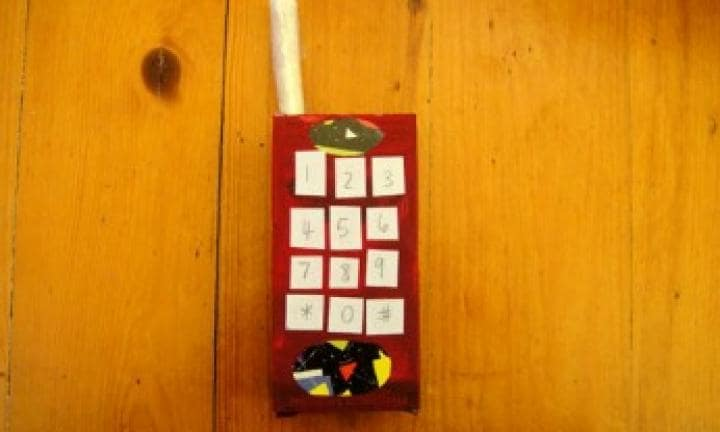 Make a ringing telephone