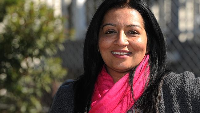 Greens NSW transport spokeswoman, Mehreen Faruqi, said forcing people to use retailers to top up, 'simply won't cut it'.
