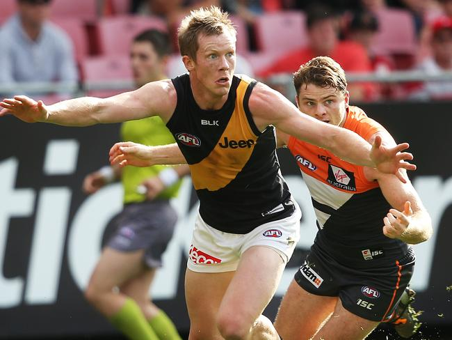 Heath Shaw was one of six opponents asked to troy to stop Jack Riewoldt. Picture: Phil Hillyard