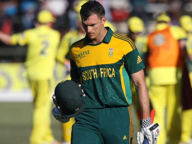 South Africa's Ryan McLaren walks off after being dismissed in Tuesday's one-dayer, having had his arm broken by Mitchell Johnson during the innings.