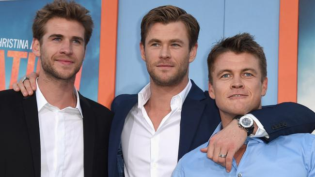 Hemsworth Brothers Beat Each Other Up Over Mirror Time