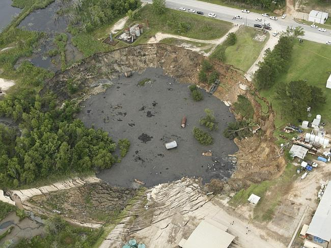 Satellites 'could predict sinkholes'
