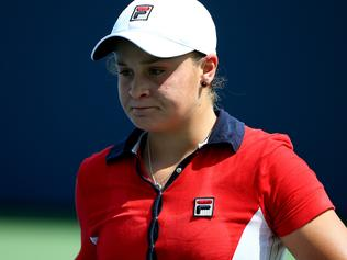 Barty quits cricket to resume tennis career