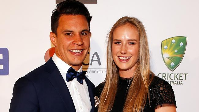 Ellyse Perry And Matt Toomua Will Live Apart When He