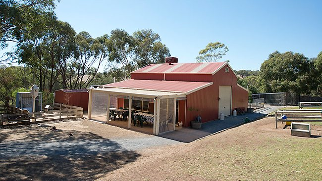 Animal Barn In Onkaparinga Hills Up For Sale