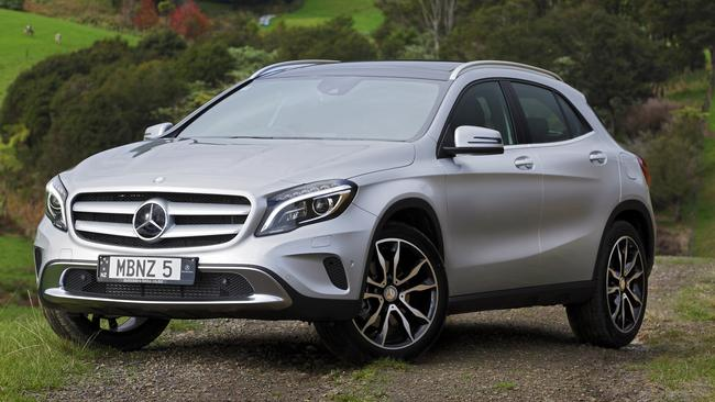 Mercedes GLA: A reader had the front pads and rotors replaced at 40,000km