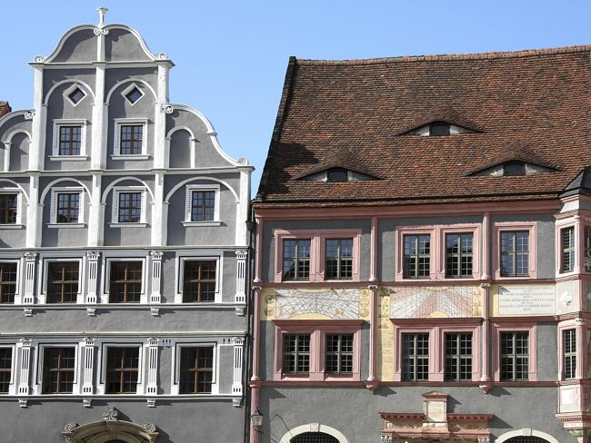 Restored facades ... two houses at the Untermarkt (Lower Market) in Goerlitz.