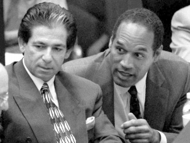 Robert Kardashian defends O.J. Simpson in 1995.