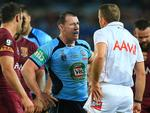 Paul Gallen argues with referee Ben Cummins. pic Mark Evans