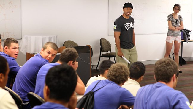 Nigel Vagana speaks to the boys. Picture: Scott Fletcher