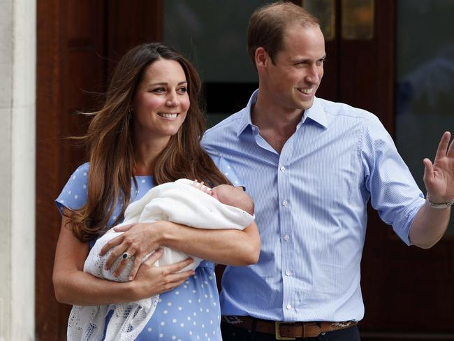 Kate was applauded after leaving hospital with George and her belly on display.