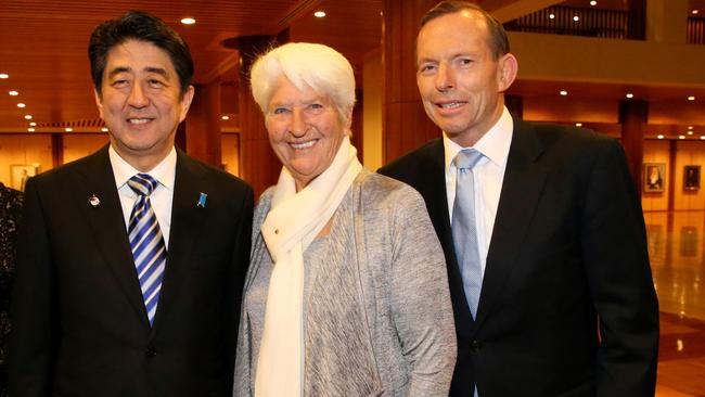 Dawn Fraser meets up with Japanese Prime Minster Shinzo Abe and Tony Abbott.