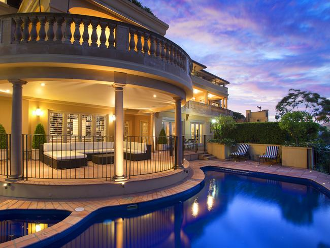 Road construction developer Phillip Dong Fang Lee and his wife bought the Point Piper property for $39.9 million. Picture: realestate.com.au
