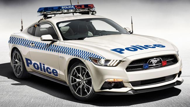 How will police replace Ford Falcon and Holden Commodore highway