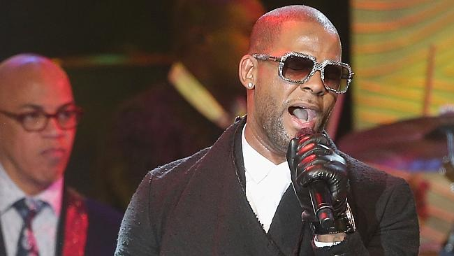 R Kelly says he's been unfairly maligned, but really - would YOU trust a man in leather gloves? Picture: ...