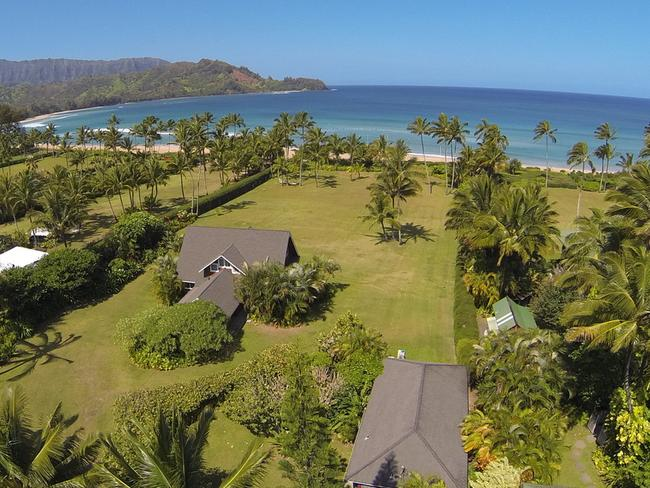 Roberts' Hawaii hideaway has been discounted for the second time.