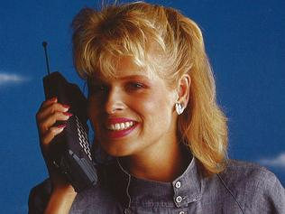 Walkabout Brochure early mobile phone released by Telecom Australia in 1987