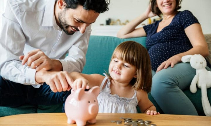 Five super easy ways to save a lot of money in 2019