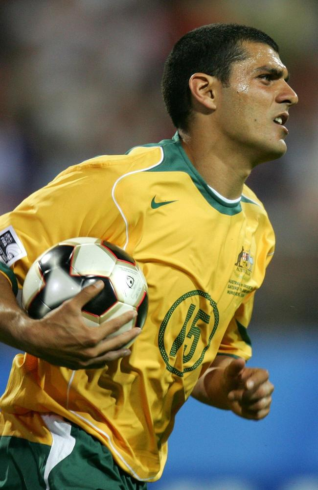 John Aloisi says the Socceroos can take inspiration from the 2005 Confederations Cup team