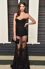 More lace and legs on show... Actress and Model Emily Ratajkowski attends the 2016 Vanity Fair Oscar Party. (Photo by Pascal Le Segretain/Getty Images)